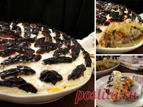 Изумительно вкусный слоеный салат с печенью, грибами и черносливом (без майонеза!)