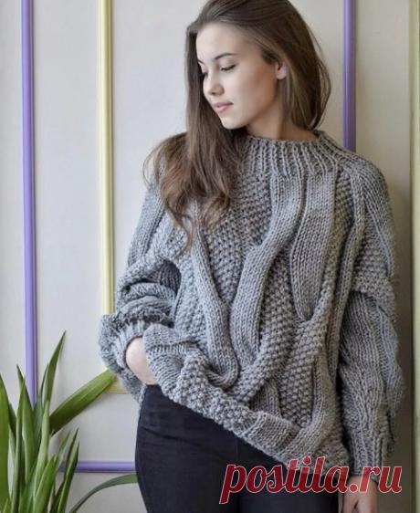 Пуловер с косами с женчужным узором спицами, схема