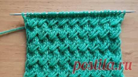 Узор спицами для женского свитера