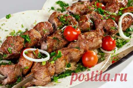 Сочный шашлык из свинины (маринад из айрана) — Sloosh – кулинарные рецепты