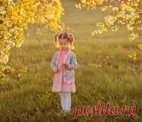 Ребенок кричит и капризничает: почему я считаю, что лучше всего успокоить малыша помогают «обнимашки»   Многомама   Яндекс Дзен