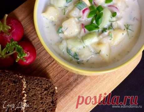 Окрошка на айране. Ингредиенты: картофель вареный в мундире, яйца куриные крупные, редис
