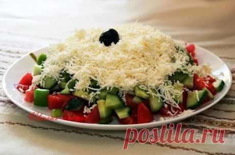 Шопский салат - самый вкусный и известный салат балканской кухни!!! Пять мину...