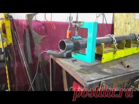 La adaptación improvisada para vrezok en los tubos.