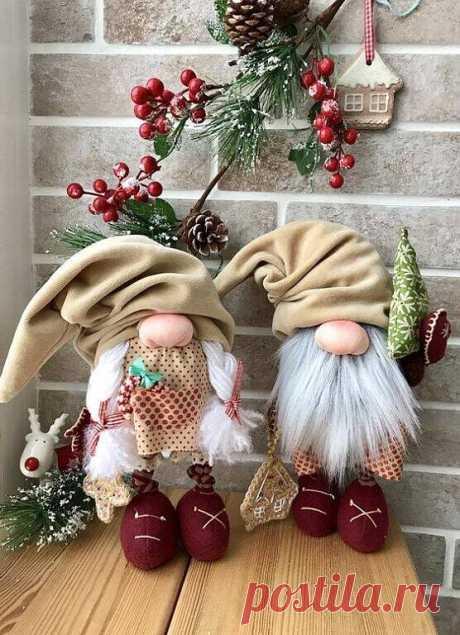 Новогодние гномы Новогодние гномыНовогодние гномы могут остаться на весь год как интерьерные куклы.