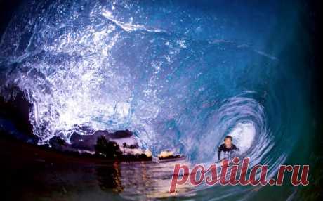 NIGHT_SURF
