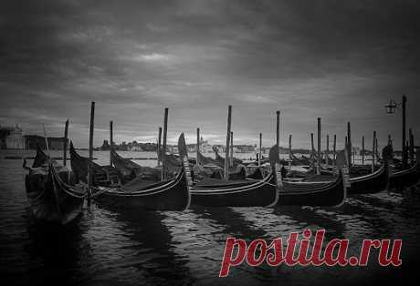 Black and White Fine Art Photography– Google+