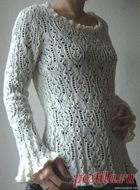 Женственный ажурный пуловер.