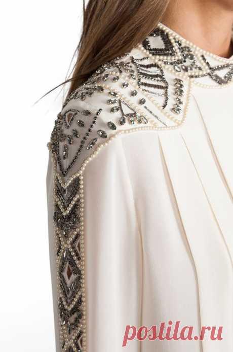 Вышивка бисером на одежде — и красиво, и хороший способ релаксации