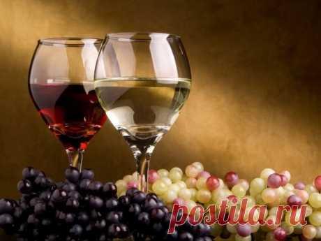 Вино из винограда в домашних условиях. Пошаговая технология и рецепт. Многие твердят, что приготовить вино из винограда в домашних условиях сложно, что это целая наука и постичь ее, науку, дано лишь избранным. Другие наоборот утверждают, что готовить домашние вина проще