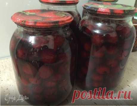 Вишня в собственном соку (на зиму)  Отличный рецепт вишни в собственном соку для любителей ягодных пирогов, штруделей, сдобной выпечки. Зимой можно сварить вкусный вишневый кисель или даже испечь торт   Хорошая альтернатива замороженны…