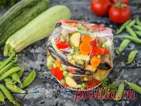 Заморозка для овощного рагу на зиму — рецепт с фото Заморозка овощей для рагу выручит вас зимой, когда в магазинах совсем нет свежих овощей для создания такого блюда.