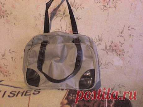Красивая сумка для самой успешной и элигантной. В 2х цветах. Имеет много карманчиков для мобильного. для зонта.