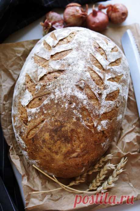 Пшенично-ржаной с беконом и луком — chefbaker