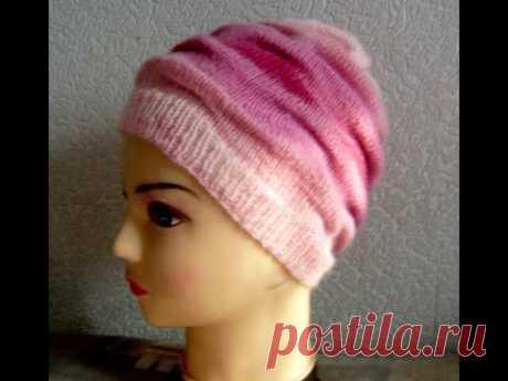 Простая красивая шапочка узором клоке связанная спицами - мастер-класс