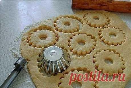 Быстрое песочное тесто.