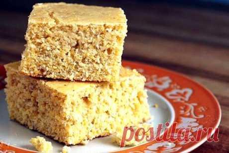Классический кукурузный хлеб на кефире Испеките кукурузный хлеб в духовке на кефире с добавлением меда – лучшая основа для кукурузных сухариков к первым блюдам