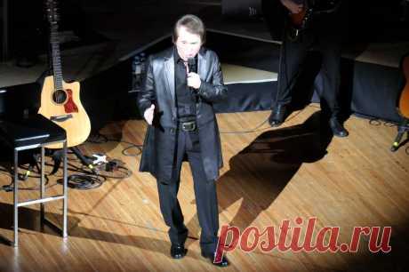 Концерт Рафаэля в Москве - 10 апреля 2019 года - P1097375 | Sovetika.ru - фото-блог
