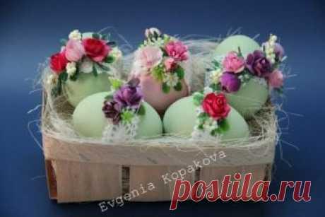 Декор пасхальных яиц цветами