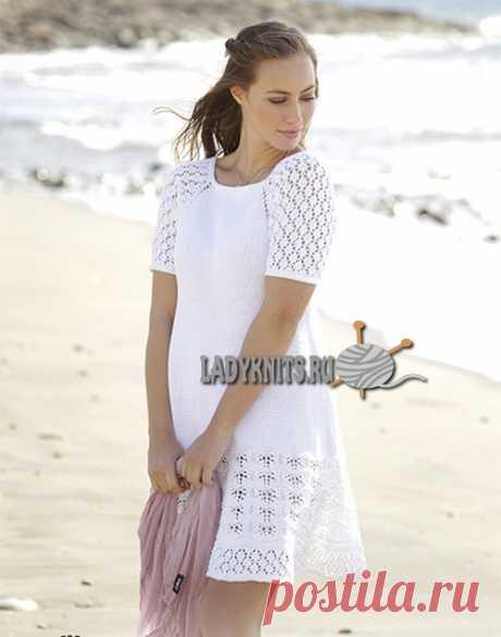 Вязаное спицами красивое ажурное платье на лето