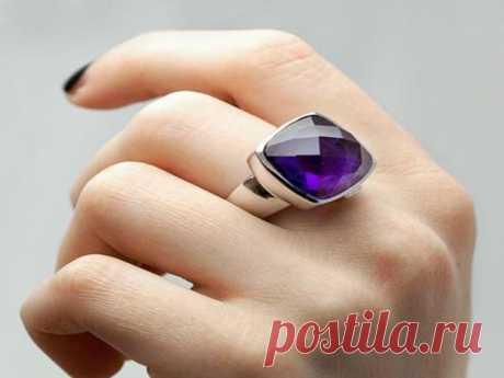 La magia de los anillos. Como llevar el anillo con la utilidad »el Mundo Femenino