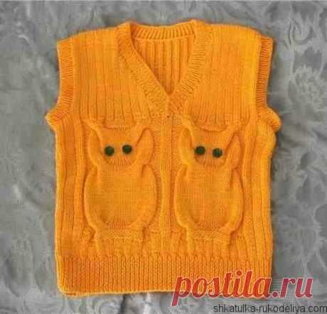 Vest with owls the Vest with owls for the child. A children's vest spokes with schemes