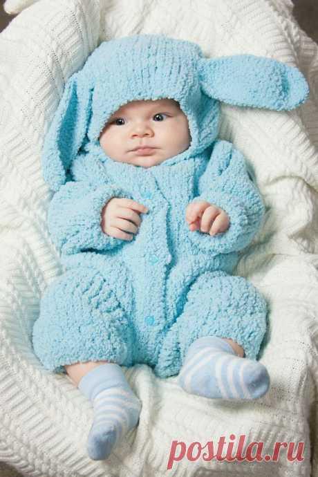 Вязаные комбинезоны для новорожденных - описание схемы вязания для начинающих (71 фото)
