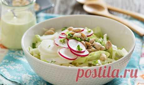 Салат из свежей капусты - рецепт с пошаговыми фото — MEGOCOOKER