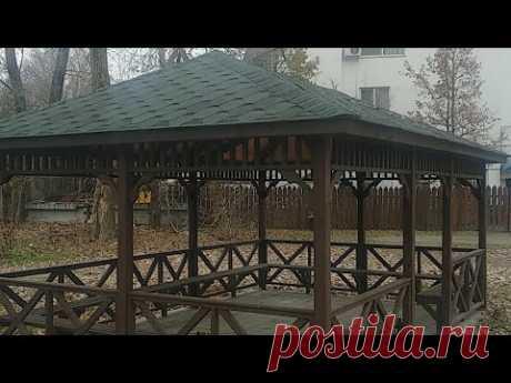 деревянная беседка / терраса/вальмовая крыша