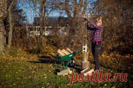 Простой дровокол, который заменит топор для рубки дров в дачном хозяйстве