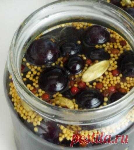 Маринованный виноград - лучше, чем маслины