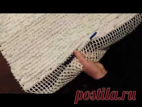 come fare un semplice tappeto shabby chic sù rete riciclando magliette - YouTube