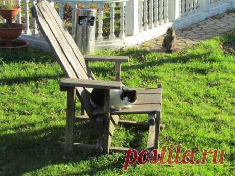 Мастерим кресло для дачи       1. Когда-то, лет десять назад (автор), моим братом было сделано вот такое кресло для сада. Которое сразу всеми полюбилось, причём не только домашними, но и гостями. До сих пор помню, как на поси…