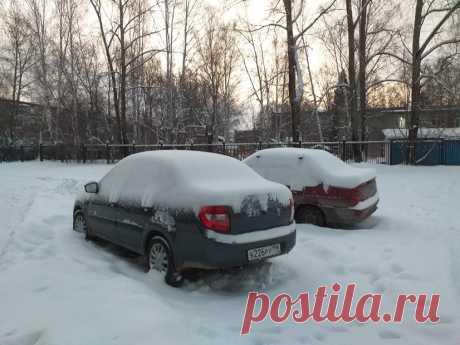 Утро... Снега намело...