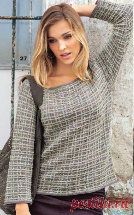 Клетчатый пуловер спицами - Хитсовет Клетчатый пуловер спицами. Просто красота: прямой пуловер в клетку связан из смесовой хлопковой пряжи двух цветов узором из снятых петель и изнаночной гладью.