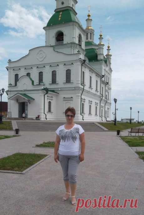 Нина Абакумова