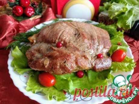 Свиная лопатка, запеченная с чесноком - кулинарный рецепт