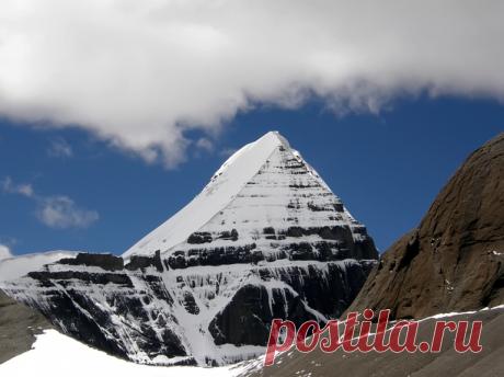 Гора Кайлас – запретное место, куда ещё не поднялся ни один человек. Что так ревностно охраняют власти Тибета   Болтай