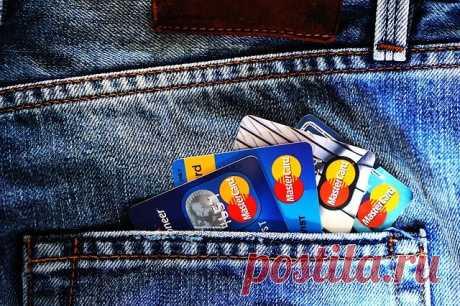 """Почему ваши карты VISA и MasterCard могут перестать работать   Журнал """"JK"""" Джей Кей 29 апреля Европарламент призвал отключить РФ от международной системы банковских платежей SWIFT из-за обострения ситуации с Украиной. Попробуем разобраться, что"""