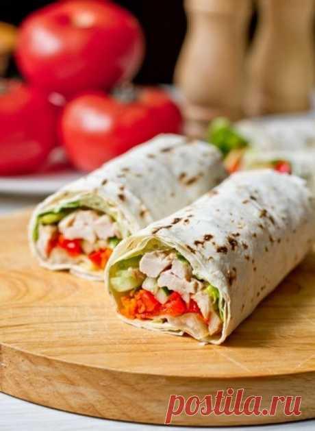 8 безумно вкусных бутербродов, которые можно взять на работу!