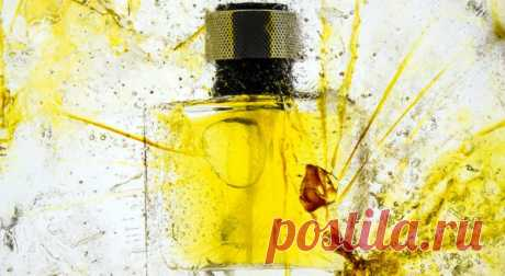 2 способа быстро избавиться от запаха парфюма, если вы разбили духи