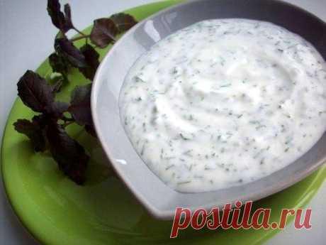 Укропно-йогуртовый соус - Пошаговый рецепт с фото своими руками Укропно-йогуртовый соус - Простой пошаговый рецепт приготовления в домашних условиях с фото. Укропно-йогуртовый соус - Состав, калорийность и ингредиенти вкусного рецепта.