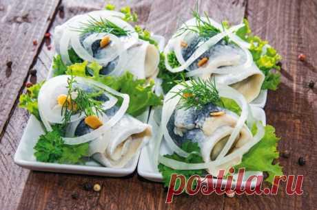 Рулеты из сельди (рольмопсы) — Sloosh – кулинарные рецепты