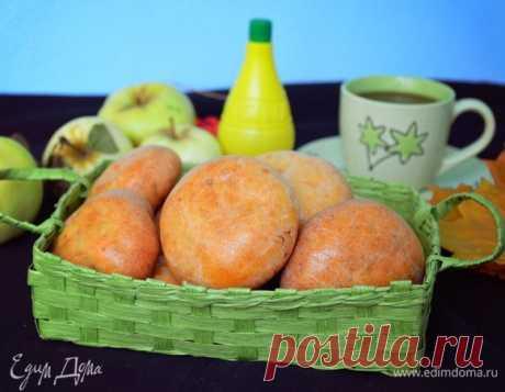 Творожные пирожки с яблоками и изюмом. Ингредиенты: творог 2%, яйца куриные, сахар