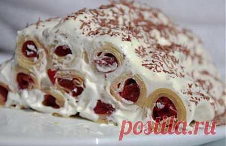La torta blinnyy con la guinda.