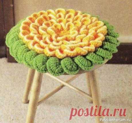 Цветочные сидушки на стулья. Схемы | Вязание спицами аксессуаров
