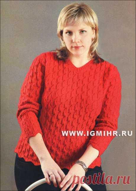 Мода plus. Цвет имеет значение: красный шерстяной пуловер. Спицы