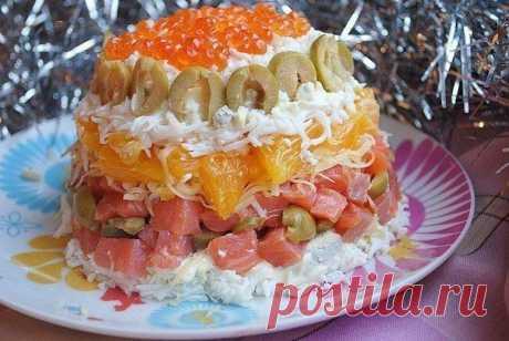 Салат с малосольной форелью и апельсином