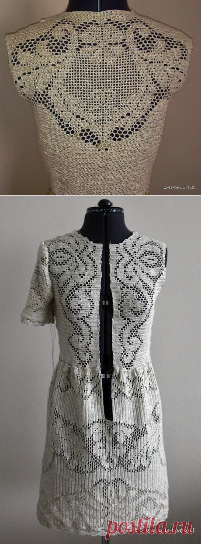 Красивое платье крючком филейной вязкой...
