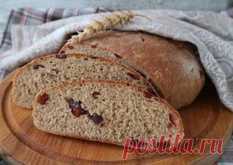 Карельский заварной хлеб с клюквой